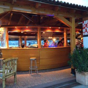 Tunar Beach & Bar & Bistro